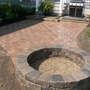 landscaping-services_firepit_2019-03-28_102752.jpg - Thumb Gallery Image of Landscaping Services
